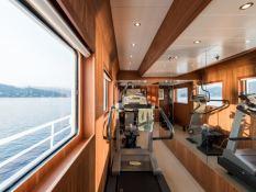 Bleu de Nimes  Clelands Yacht 237 Interior 16