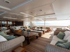 Bleu de Nimes  Clelands Yacht 237 Interior 20
