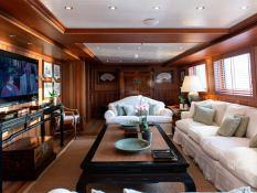 Bleu de Nimes  Clelands Yacht 237 Interior 21
