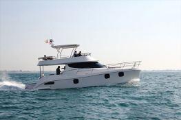 Flashcat 435 Flash Catamaran Exterior 2