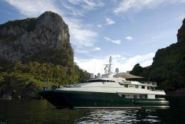 Moecca Oceanfast Yacht 150' Exterior 2