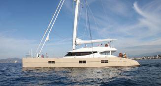 Black Swan (ex Rafoly) Blubay Catamaran 92 Exterior 2