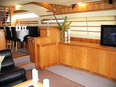 Sea Stream  Ferretti Yacht 76 Interior 1