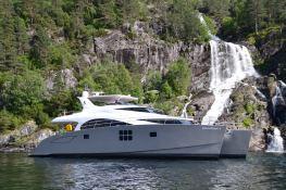 Damrak Sunreef Catamaran Power 70' Exterior 2