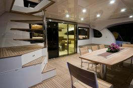 Damrak Sunreef Catamaran Power 70' Interior 2
