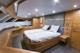 SKYLARK  Sunreef Catamaran Power 70' Interior 6