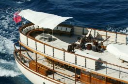Over The Rainbow Dickie Yacht 35M Exterior 4
