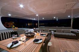 Ipharra  Sunreef Catamaran Sail 102' Exterior 2