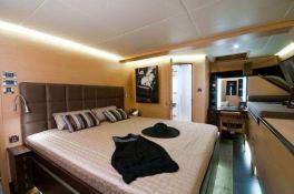 Ipharra  Sunreef Catamaran Sail 102' Interior 11
