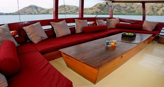Seven Seas   Schooner 40M Interior 3
