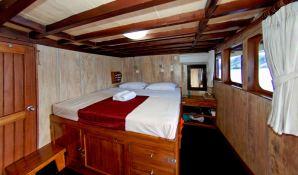 Seven Seas   Schooner 40M Interior 6
