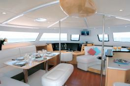 Nirvana Fountaine Pajot Eleuthera 60 Interior 2