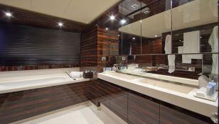 Sierra Romeo Mondomarine Yacht 41M Interior 10
