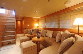 Mangusta 72 Overmarine Interior 1