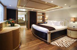 Hemisphere Pendennis Catamaran 145' Interior 4