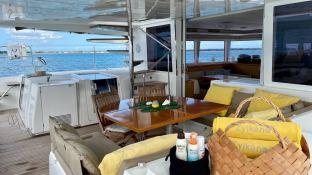 Zylkene1  Lagoon Catamaran Lagoon 560 Interior 1