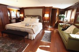 Sea Dweller Heesen Yacht 46M Interior 5