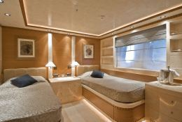 O Neiro Golden Yachts - 52M Interior 2