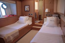 Malvasia  Ferretti Yacht 85 Interior 3