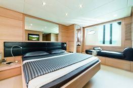 Cayenne Pershing Yachts Pershing 64 Interior 2