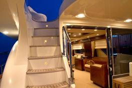 Rat Bat Blue Azimut Yachts Fly 80 Exterior 2