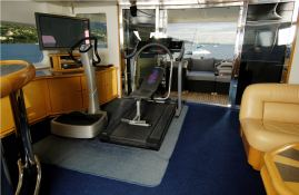 Ultimate Lady Yacht 28M Interior 3
