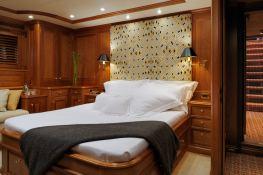 Drumbeat (ex Salperton) Alloy Yachts Sloop 53M Interior 3