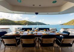 De Lisle III  Majesty Yacht 42M Interior 10