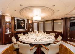 De Lisle III  Majesty Yacht 42M Interior 11