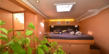 Arion  Lagoon Catamaran Lagoon 620 Interior 7