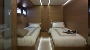 4A (ex 4H) San Lorenzo Yacht 125' Interior 9