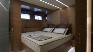 4A (ex 4H) San Lorenzo Yacht 125' Interior 11