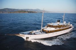 Amphitrite (ex Vajoliroja) Turquoise Yacht Yacht 48M Exterior 2