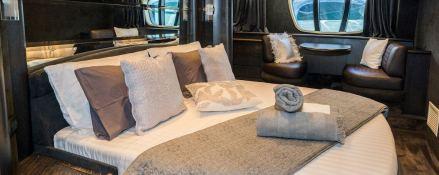 Medusa  Azimut Yachts Open 68S Interior 0