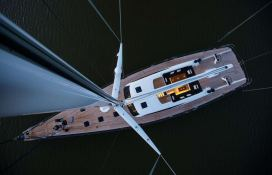 Inukshuk  Baltic Yacht 107' Exterior 3