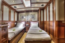 Shamoun  Jachtwerf Klaassen Sloop 33M Interior 3