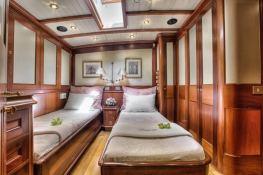 Shamoun  Jachtwerf Klaassen Sloop 33M Interior 6