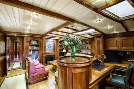 Shamoun  Jachtwerf Klaassen Sloop 33M Interior 7