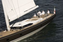 Far and Wide Southern Wind Sloop 100' Exterior 2