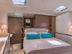 Neyina  CNB Sloop 76' Interior 8