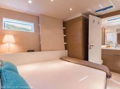 Neyina  CNB Sloop 76' Interior 14