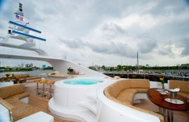 Lady M (ex Aquasition) Intermarine Yacht 45M Exterior 3