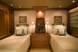 Lady M (ex Aquasition) Intermarine Yacht 45M Interior 4