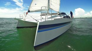 Islands Spirit 38 Islands Spirit Catamaran Exterior 2