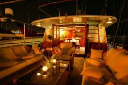 Le Kir Royal Van den Akken Yacht 30M Exterior 3