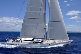 Hyperion  Royal Huisman Sloop 48M Exterior 3