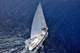 Hyperion Royal Huisman Sloop 48M Exterior 4