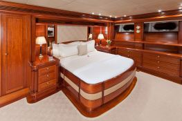 Hyperion Royal Huisman Sloop 48M Interior 9