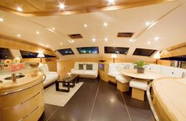 Lady Alliaura Alliaura Marine Privilege 745 Interior 1