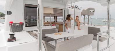 Lagoon Motoryacht 40 Lagoon Catamaran Exterior 3